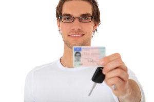 Sácate tú carnet de conducir ya en Autoescuela Sandúa